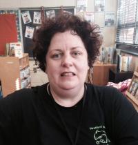 Julie Eslinger, Tutor