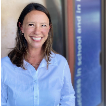 Sarah Ozeroff, Instructor