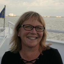 Paula, Tutor